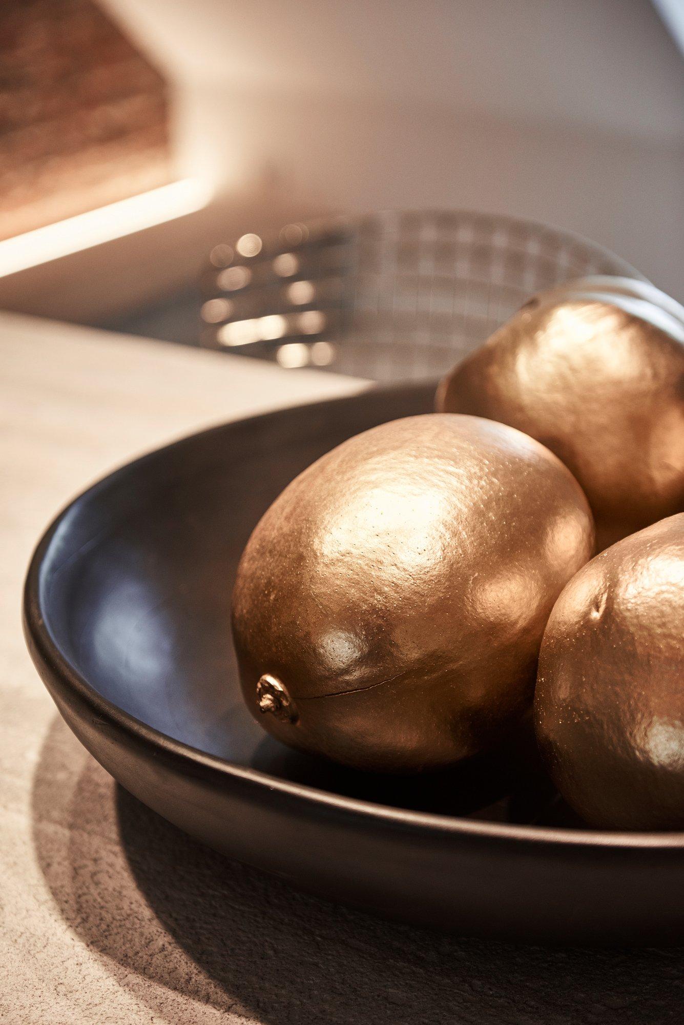 interior design gold fruit detail